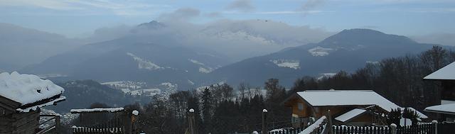 Landskap rundt Berchtesgaden. Selve byen ligger nede i dalbunnen