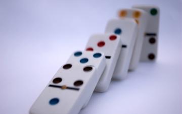 guds-dominobrikker-1