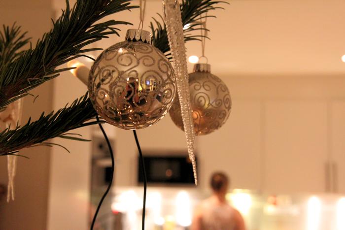 På oppesitterkvelden skal de siste forberedelsene til julaften gjøres.